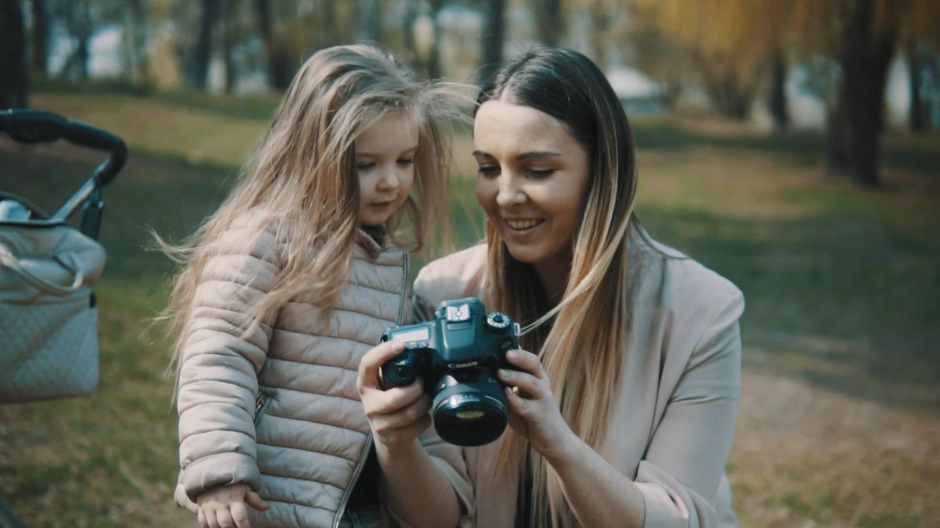 мама и дочь видеосъемка